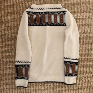 Beautiful Nordic sweater like brand new